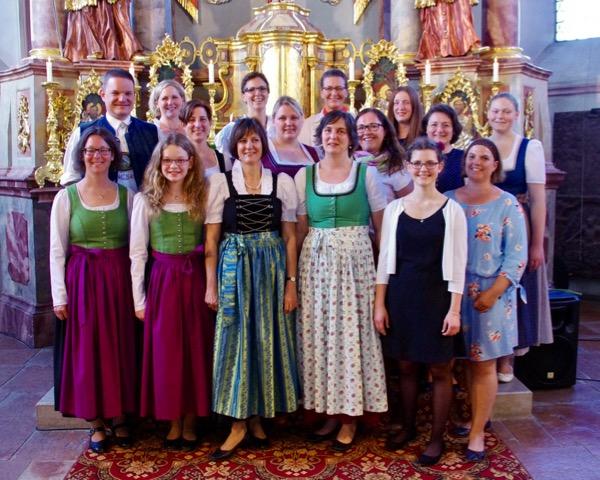 chor.junge.musik singt bei den Dankandachten zur Erstkommunion